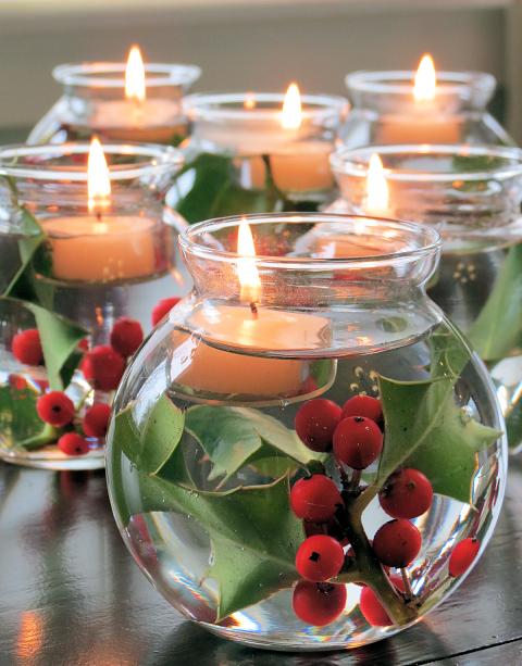 staklena kugla plutajuće sveće